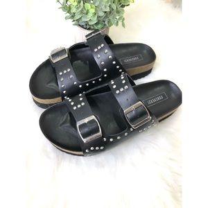 Forever 21 Studded Platform Sandals Size 7